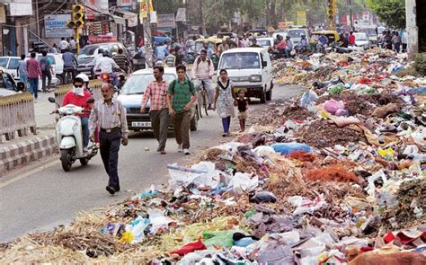 Political party banners outnumber garbage piles at Delhi's garbage locations | The